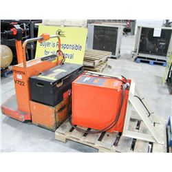 TOYOTA ELECTRIC RIDING PALLET JACK, COMES WITH