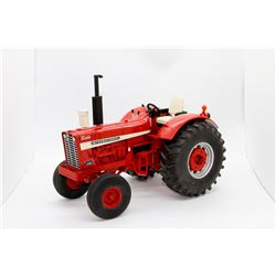 Case IH 1256 turbo tractor Ertl 1:16 Has Box weights missing