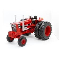 Case IH 1568 tractor Ertl Precision Elite 3 1:16 Has Box