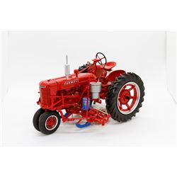 IH Farmall H w/ mounted planter Ertl Precision Key 5 1:16 Has Box *Planter Piece*