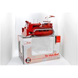 IH TD-24 diesel crawler SpecCast 1:25 Has Box
