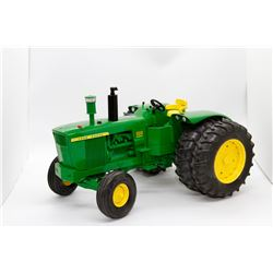 John Deere 5010 1963 50th Anniversary Ertl Collector Edition 1:16 Has Box