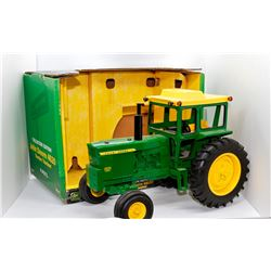 John Deere 4620 tractor Ertl Collector Edition 1:16 Has Box