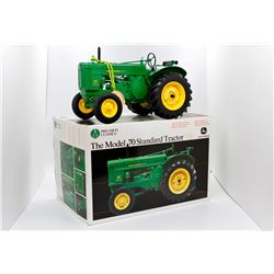 John Deere 70 standard tractor Ertl Precision Classics 1:16 Has Box
