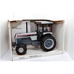 White Farm Equipment 170 Scale Models 1:16 Has Box
