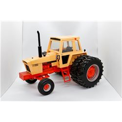 Case IH 1370 Collector Edition Ertl 1:16 Has Box