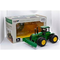 John Deere 8430 AWD tractor w/ blade Ertl Collector Edition 1:32 Has Box