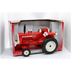 Cockshutt 1950T tractor Ertl 1:16 Has Box
