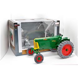 Oliver Highly Detailed 77 diesel WF tractor SpecCast 1:16 Has Box