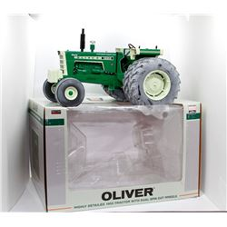 Oliver Highly Detailed 1955 tractor w/ dual spin out wheels SpecCast 1:16 Has Box