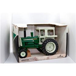 Oliver 2255 Farm Equipment Company Scale Models 1:16 Has Box