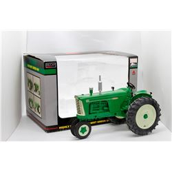 Oliver Highly Detailed 1959 Mist Green 880 gas tractor SpecCast 1:16 Has Box