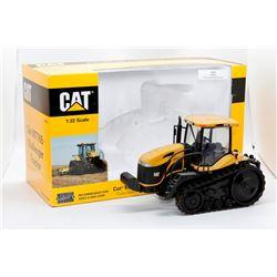 Cat MT765 Challenger tractor Norscot 1:32 Has Box