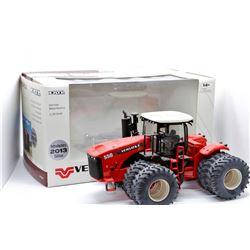 Versatile 550 4WD tractor Introductory 2013 Edition Ertl 1:32 Has Box