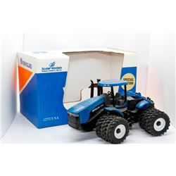 New Holland TJ375 tractor Scale Models 1:32 Has Box