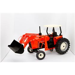 Allis Chalmers Highly Detailed 6080 2WD tractor w/ loader SpecCast 1:16 Has Box