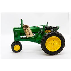 John Deere G Ertl Precision Key 2 Highly Detailed 1:16 No Box