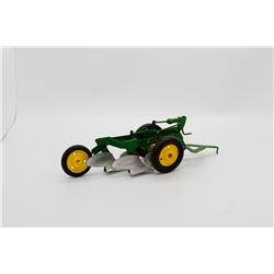 John Deere 2 bottom plow 1:16 No Box