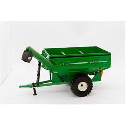 J&M Manufacturing 875 grain cart green No Box