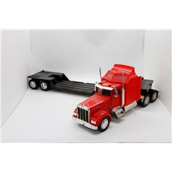 Kenworth highway tractor w/ low bed trailer 22'' n/box