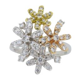 18KT Tri Color Gold 0.61ctw Diamond Ring