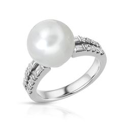 14KT White Gold 10.23ct Pearl and Diamond Ring