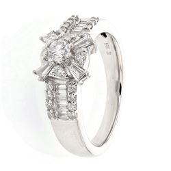 18KT White Gold 0.86ctw Diamond Ring