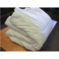 White KING Comforter