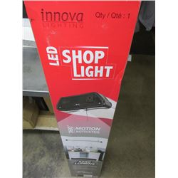 New LED Shop Light 5200 lumens / manual or auto to activate light / comes