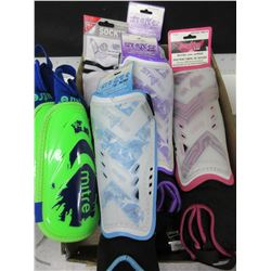 Bundle of New Soccer Shin Guards / pee-wee age 3-5 / 1 pair  12+