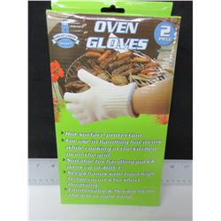 1 New pair of Oven Gloves / a must have for BBQ or Camping