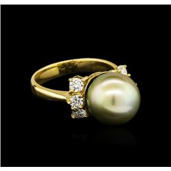 0.66 ctw Pearl and Diamond Ring - 14KT Yellow Gold