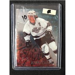 1998-99 BE A PLAYER HOCKEY #61 LUC ROBITAILLE AUTO CARD