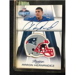 2010 PANINI NFL DRAFT #NFL-AH AARON HERNANDEZ AUTO CARD