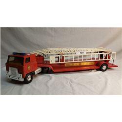 ERTL Fire Ladder Truck