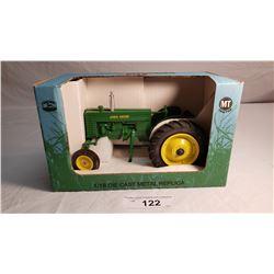 1/16 Diecast J.D. Tractor