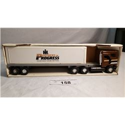 Diecast Tractor Trailer International