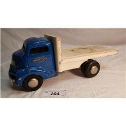 Smith Miller Flat Deck Truck