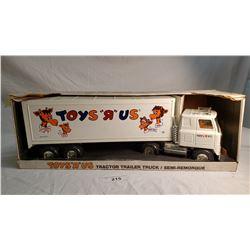 """ERTL Toys """"R"""" Us Semi Truck"""