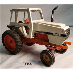 Etrl Case Tractor