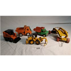 5 Small Toys