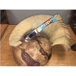 Yellowhorse Sheep Head Knife in Horn