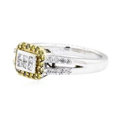 0.6 ctw Diamond Ring - 14KT White Gold