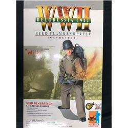 "WWII Willi Heer Flammenwerfer Belorussia 1942 Dragon 12"" Figure"
