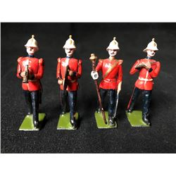 BRITAINS TOY SOLDIERS LOT