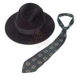 All the King's Men – Jack Burden's (Jude Law) Hat & Tie - II326