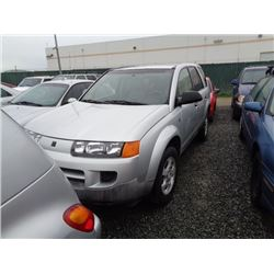 SATURN VUE 2004 T-DONATION