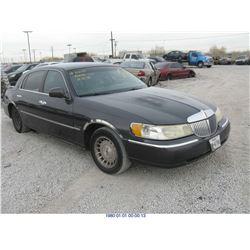 1999 - LINCOLN TOWN CAR
