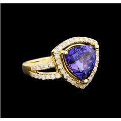 14KT Yellow Gold 5.03 ctw Tanzanite and Diamond Ring