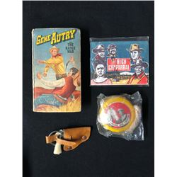 OLD WEST COLLECTIBLES LOT (BOOK/ TOY GUN...)